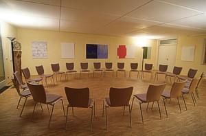 Seminarraum 1, Erdgeschoss (Kreisbestuhlung)